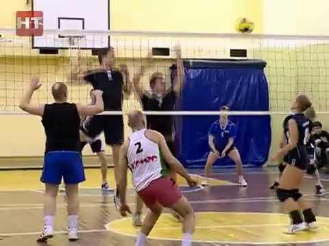 В гимназии №4 завершился первый турнир по волейболу среди любительских команд
