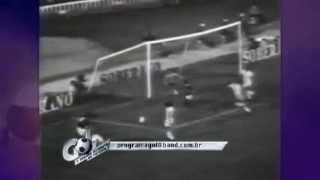 O Real Madrid não foi páreo para a Academia dos anos 70. O jogo foi válido pela decisão do Troféu Ramón de Carranza 1975.