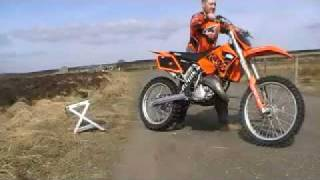 9. KTM 125 . 2004 . STARTS FIRST KICK EVERY TIME.