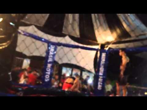 Alessandra Vs Dalila MMA Feminino Vazante Mg 18/04/2015 parte 2