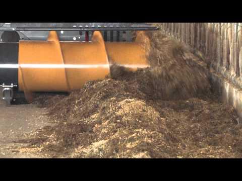 Přihrnovač krmení Mammut Fortuna
