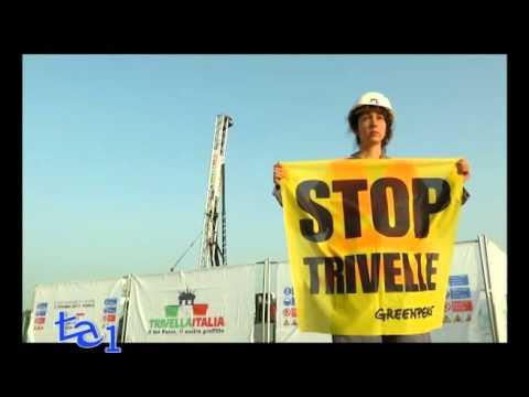 UNA TRIVELLA A FIRENZE: AZIONE-PROTESTA DI GREENPEACE