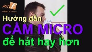 Video Hướng dẫn cách CẦM MICRO ĐÚNG để HÁT HAY HƠN (How to Hold a Microphone) MP3, 3GP, MP4, WEBM, AVI, FLV Desember 2018