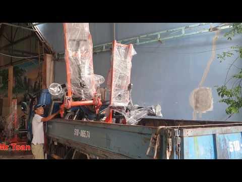 Giao hàng xe nâng quay đổ thùng phuy Lh 0909 216 299 Mr Toàn