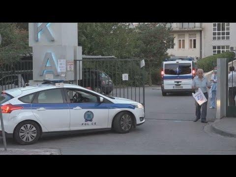 Άγνωστοι πυροβόλησαν και τραυμάτισαν τον δημοσιογράφο Στέφανο Χίο