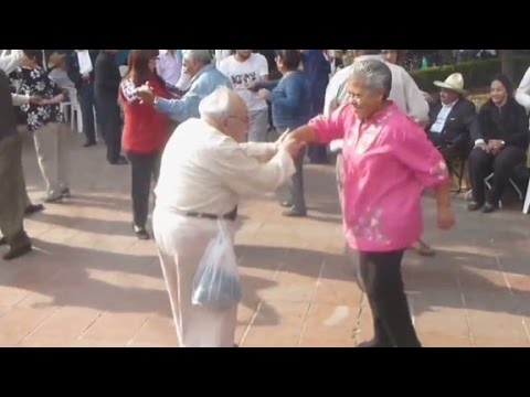 down - Watch groovin' grandpa dance his way into hearts. CNN's Jeanne Moos reports he tosses his canes with disdain. More from CNN at http://www.cnn.com/ To license this and other CNN/HLN content,...