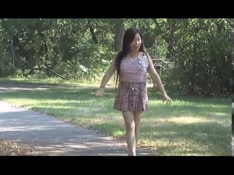 Nkauj Yaj Yuam Vaj - Ntxhais Toj Siab (видео)
