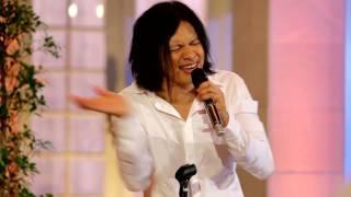 Gigi - Sang Pemimpi (Live at Music Everywhere) **