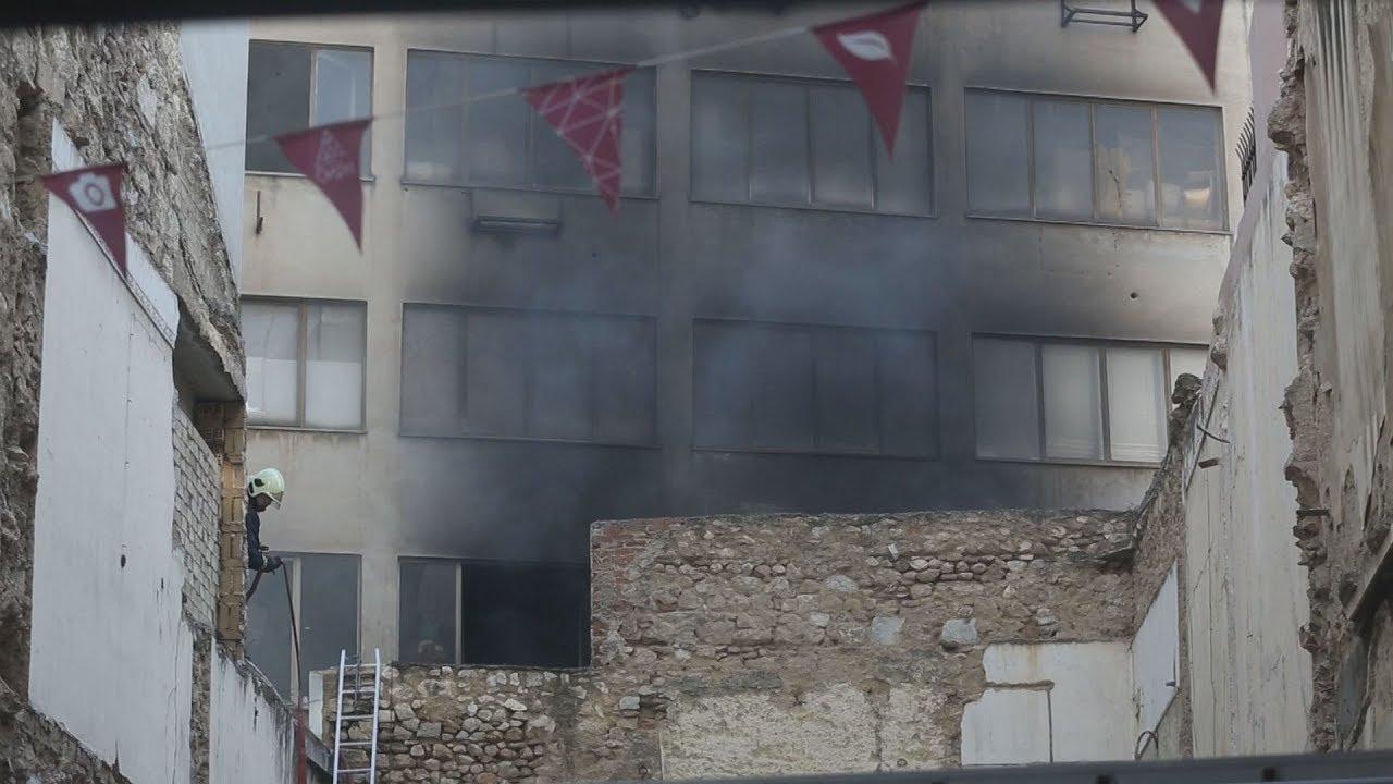 Υπό έλεγχο η πυρκαγιά σε κτίριο στο κέντρο της Αθήνας