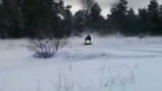 9. Ski Doo mxz 500 fan cooled snowmobile carving playing extreme