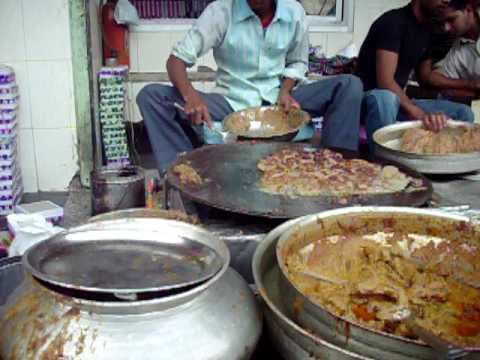Tunday Kababi: The world famous Tunday Kebabs from Lucknow, UP, India