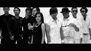 Video Rocket Rockers x Killing Me Inside - Menuju Cahaya (Official Music Video) MP3, 3GP, MP4, WEBM, AVI, FLV Juni 2018