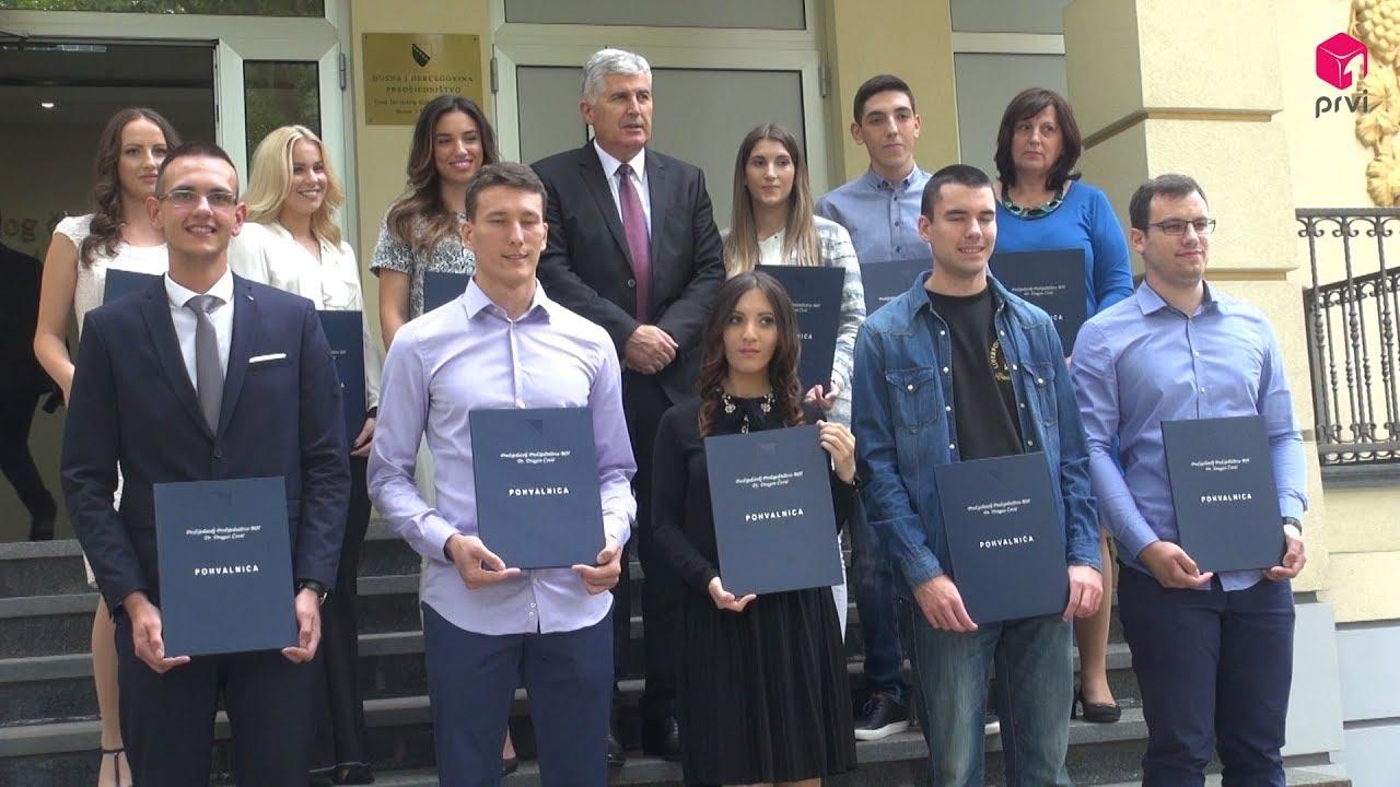 Čović uručio pohvalnice najboljim studentima