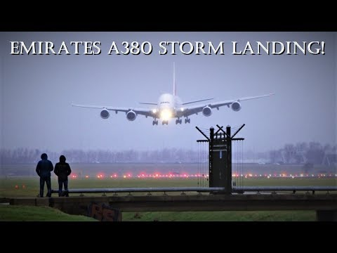 STORM SCHIPHOL - EMIRATES A380 (A6-EEW) Spectacular Landing @ Amsterdam Airport Schiphol