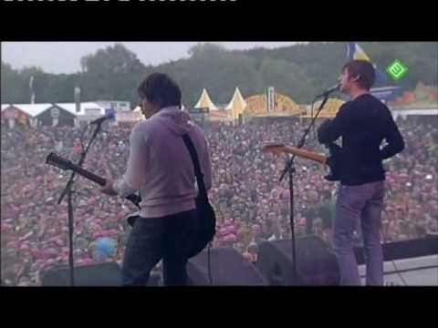 certain - Arctic Monkeys live @ Pinkpop 2007.