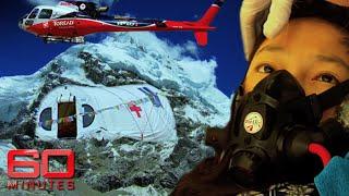 Video Everest ER: Where doctors rebuild mountaineers' broken bodies | 60 Minutes Australia MP3, 3GP, MP4, WEBM, AVI, FLV Agustus 2019