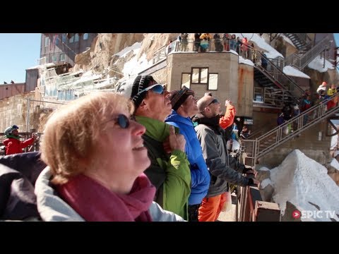 VIDEO: Wingsuit under brua på Aiguille du Midi