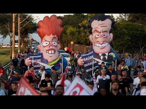 Βραζιλία: Ο Λούλα στο μάτι του κυκλώνα