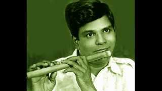 Flute-T.R. Mahalingam - Tera Tiyaga Rada - Gowlipanthu - Adi - Thyagaraja
