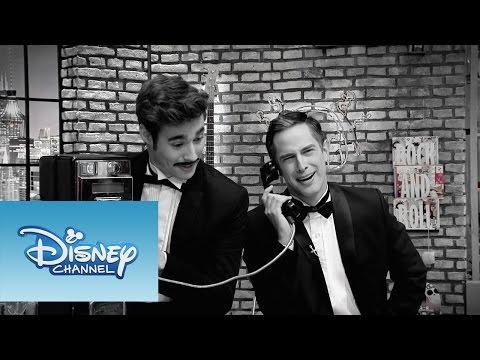 Jorge Blanco - Ríe con este video de The U-Mix Show. Sitio oficial de Disney Channel: http://www.disneylatino.com/disneychannel/ Síguenos en Facebook: http://www.facebook.com/disneychannellatinoamerica...