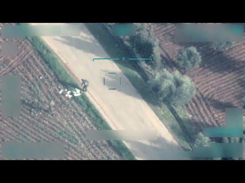 العرب اليوم - شاهد: الجيش التركي يقضي على مقاتلين كرديين عن طريق طائرة بدون طيار