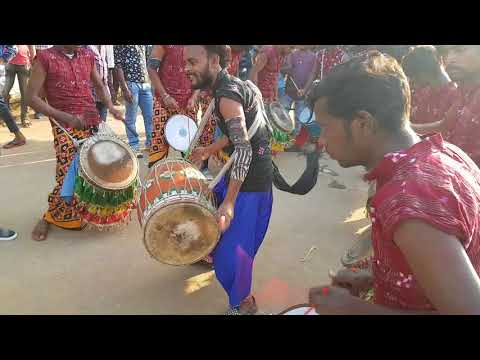 Video Maa shibani dulduli, performng -history of Sambalpuri (Bhuban) download in MP3, 3GP, MP4, WEBM, AVI, FLV January 2017