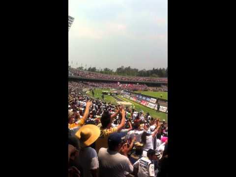 CHICO CHE Y COMO NO TE VOY A QUERER! CIUDAD UNIVERSITARIA - La Rebel - Pumas