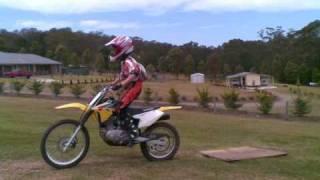 8. Suzuki drz 125L jumping