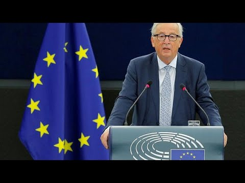 Γιούνκερ: «Η Ευρώπη τυλίχθηκε στις φλόγες»
