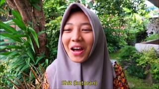 Cara lucu banyak orang Indonesia ngomong kata-kata bahasa Inggris yang umum. ENGLISH PRONUNCIATION CHALLENGE: Ayo teman-teman, saya mau ...