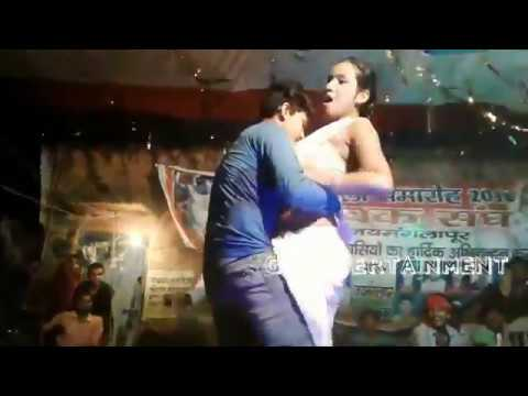Video आएगा मज़ा बरसात का_Ayega maza Barsat ka_New hot Bhojpuri Arkestra Dance video download in MP3, 3GP, MP4, WEBM, AVI, FLV January 2017
