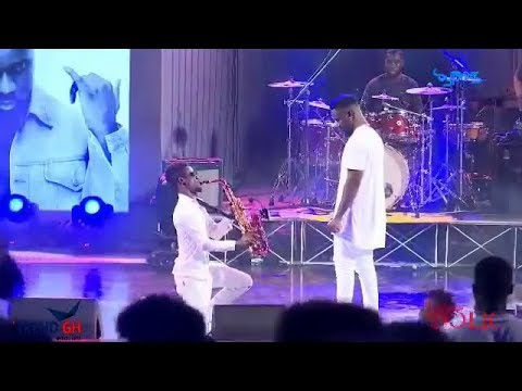 Sarkodie performed Glory with Mizter Okyere, Young L & Composers @ Rapparholic  2017