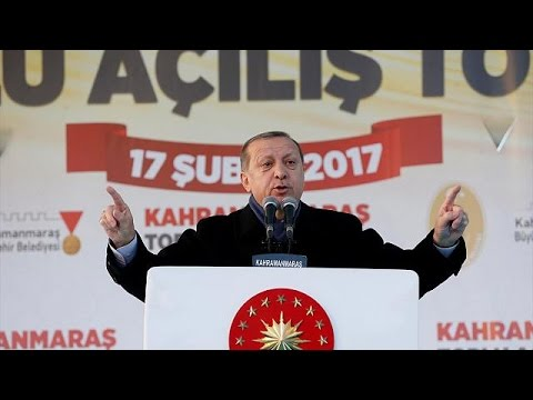 Έναρξη της προεκλογικής εκστρατείας Ερντογάν για το δημοψήφισμα