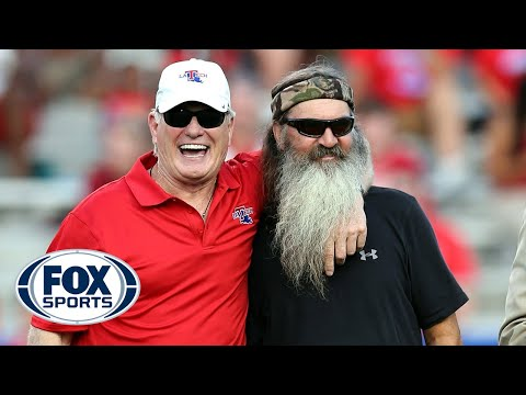 Bradshaw on backing-up Duck Dynasty star Phil Robertson at QB