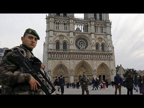 Γαλλία: Αυξημένα μέτρα ασφαλείας για τα Χριστούγεννα