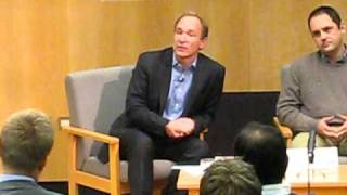 Sir Tim Berners-Lee On WikiLeaks Vs. Open Government