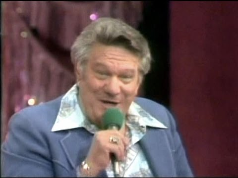 Jerry Clower - The Lion In The Yard