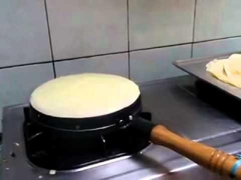 Cara Membuat Kulit Lumpia & Risol . Info Wajan Kuwalik: 031-8708071 -