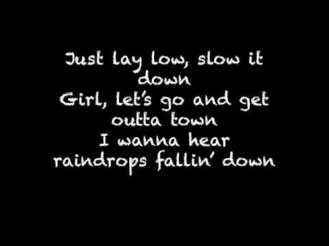 Lay Low by Josh Turner(with lyrics)