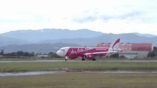Video Airasia Airbus A320 Taking Off 【WBKK】 MP3, 3GP, MP4, WEBM, AVI, FLV Agustus 2018
