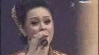 Download lagu Tirtonadi Dan Tembok Besar Anastasia Astuti Dan Mp3