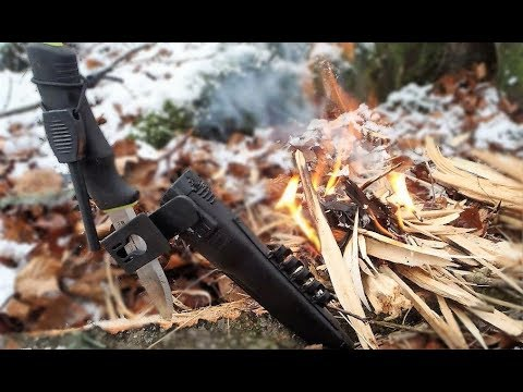 Mora - Outdoors with the Mora of Sweden BushCraft Survival Signal mit Feuerstarter und Diamantschärfer - Mora 2010 Schneeschmelzen in Mora Scheide, melting snow in ...