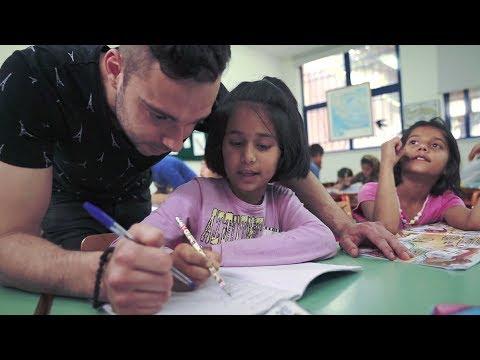 Η εκπομπή Aid Zone στο δημοτικό σχολείο της Αυλώνας