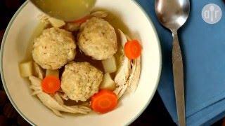 Soupe juive au poulet (aux boulettes de matza)