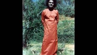 Tripurasundari  ....Sathyasai Bhajan..AWESOME Bhajan