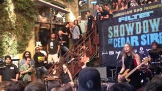"Haim - ""Don't Save Me"" - SXSW 2013 - Showdown on Cedar"