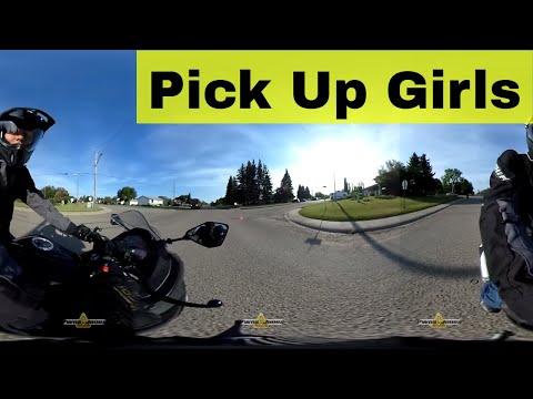 Girls on Motorcycles 2017 - Thời lượng: 10 phút.