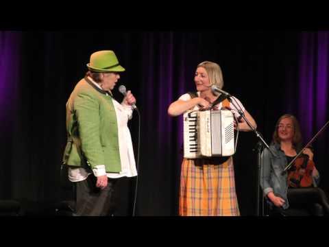 Improvisierte Volksmusik trifft Kabarett