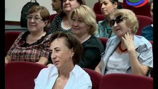 Никас Сафронов представил в Махачкале свои картины — Сафронов Никас — видео