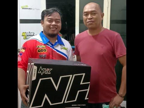 Unboxing Helm NHK GP Prime, Bongkar Fiturnya Yuk!